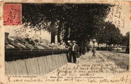 CPA PARIS Vécu. Sur Les Quais. Les Bouquinistes (562925) - Sonstige