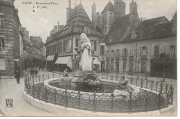 21- DIJON - Monument Piron **animée** - Dijon