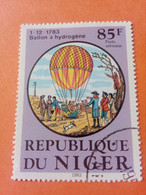 NIGER - République Du Niger - Timbre 1983 : Transports - 200 Ans Du 1er Voyage En Ballon à Hydrogène - Niger (1960-...)