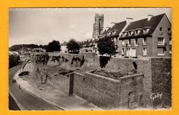 Saint Lo  Les Remparts Et Le Clocher Notre-Dame    Edt  Artaud   N° 15 - Saint Lo