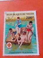NIGER - République Du Niger - Timbre 1982 : 75ème Anniversaire Du Scoutisme - Niger (1960-...)