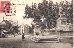 FR66 PERPIGNAN - Gilles - Statue Et Place Arago - Animée - Belle - Perpignan