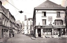 61 - LA FERTE MACE / RUE DE LA VICTOIRE - CAFE DU CENTRE - La Ferte Mace