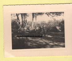 Alpini Artiglieri Con 5 Cannoncini Manovre Prima Della Partenza X L'Albania 1941 Circa - Guerre, Militaire