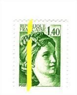 Sabine 1.40fr Vert YT 2154c Avec Phospho à Cheval Et Au Centre Gauche . Superbe Et Rare, Voir Le Scan . Cote YT : 12 € . - Varietà: 1980-89 Nuovi