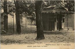 Lucon - Jardin Public - La Voliere - Lucon
