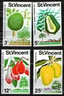 St. Vincent 1972 Mi 312-315 Fruits - MNH - St.Vincent (1979-...)
