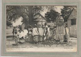 CPA - DAKAR - SENEGAL - Ethnographie - Aspect De L'affluence à La Fontaine En 1900 - Senegal