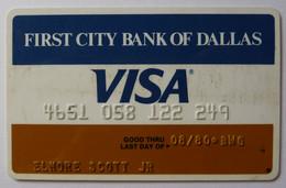 USA - Credit Card - VISA - First City Bank Of Dallas - Exp 08/80 - Used - Carte Di Credito (scadenza Min. 10 Anni)
