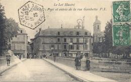 CPA Figeac Pont Et Entrée De La Rue Gambetta - Figeac