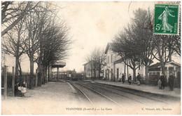 94 MANDRES - La Gare - Mandres Les Roses