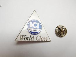 Superbe Pin's Pins En EGF , Médical , Laboratoires ICI , World Class - Medical