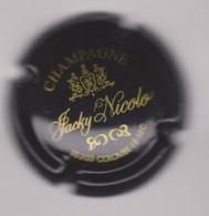 Capsule Champagne NICOLO Jacky { N°2 : Noir Et Or } {S20-21} - Unclassified