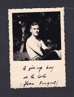 Photo Originale Vintage Snapshot Colonies Vacances Scout Jeune Homme Garcon Pin Up Boy Torse Nu Y. Fouquet - Personnes Identifiées