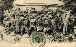 Troyes Bas Relief Du Monument Des Enfants De L'Aube  10Aube France Frankrijk Francia - Troyes