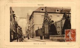 Troyes Rue De La Cité  10Aube France Frankrijk Francia - Troyes