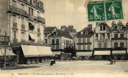 Troyes  La Place Des Anciennes Boucheries  10Aube France Frankrijk Francia - Troyes
