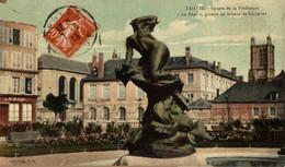 Troyes  Square De La Prefecture Le Rapt Groupe En Bronze De Suchetet  10Aube France Frankrijk Francia - Troyes