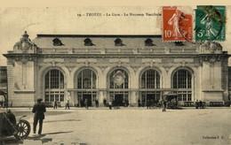 Troyes La Gare Le Nouveaue Vestibule 10Aube France Frankrijk Francia - Troyes