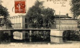 Troyes La Seine Aux Abattoirs  10Aube France Frankrijk Francia - Troyes