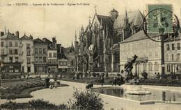 Troyes Square De La Préfecture Eglise St Urbain  10Aube France Frankrijk Francia - Troyes