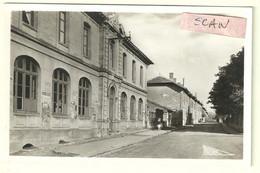 Tucquegnieux (54) : école De Filles Et Avenue De La Mine - Andere Gemeenten