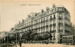Dijon * Boulevard Et Hôtel De La Cloche * Tramway Tram - Dijon