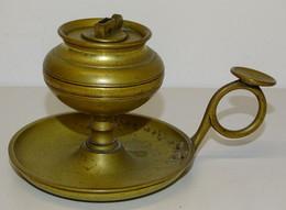 RARE LAMPE à HUILE Forme Bougeoir à Main Bronze XIXe Manque La Mèche JUS DE GRENIER à NETTOYER COLLECTION - Lamps