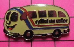 SP05 Pin's Pins / Beau Et Rare / THEME : TRANSPORTS / AUTOBUS ROUTIER BLEU BLANC ROUGE RYFFEL AG USTER - Transportation