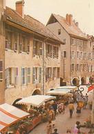 Annecy   H733        Jour De Marché Dans La Vieille Ville - Annecy