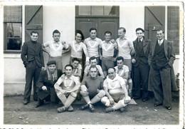 Photo D'une équipe De Football à Identifier  Photographe Robert BAUDRY à SAINT GAUDENS - Other