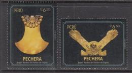 2017 Peru Pechera Gold Art Culture Complete Set Of 2 MNH - Peru