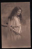 Mode-AK Mignon - Mädchen Mit Langem Haar Und Mandoline, VERDEN 14.7.1912 - Mode