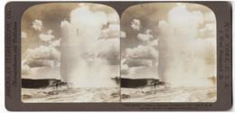 Stereo-Fotografie American Stereoscop. Co., New York, 3 West Nineteenth St., Ansicht Yellowstone, Ausbruch Eines Geysi - Stereoscopic