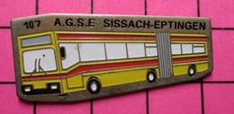 SP09 Pin's Pins / Beau Et Rare / THEME : TRANSPORTS / AUTOBUS ROUTIER SUISSE AGSE SISSACH EPTINGEN N°156 - Transportation