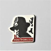 Pin's Jean Moulin Montmorillon - école Lycée Collège Personnalité - Personnes Célèbres