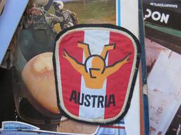 Parachutting Austria Stitching 10x8 Cm - Parachutting