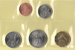 Vanuatu Coin Set Da 5 10 2'0 50 100 Vatu Pacific Sea Anno 2015 - Vanuatu