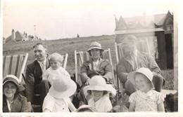 PERSONALISED POST CARD, FAMILY DAY OUT. UNUSED POSTCARD Mm9 - Photographs