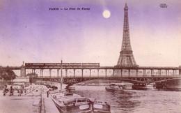 CPA Paris, Le Pont De Passy Avec Le Métro Aérien Et Tour Eiffel En Arrière Plan - Stations, Underground