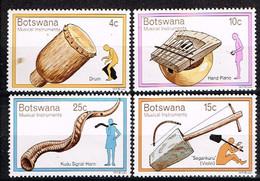 BOTSWANA/ Neufs**/MNH**/ 1976 - Instruments De Musique Traditionnels - Botswana (1966-...)