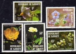 Djibouti N° 504 / 08 X : Fleurs De Djibouti Les 5 Valeurs Gomme Blanche Mate Trace De Charnière Sinon TB - Yibuti (1977-...)