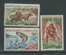 Gabon N° 171 / 73  X  Faune : Les 3  Valeurs Trace De Charnière Sinon TB - Gabon