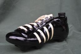 Rare Bouteille Liqueur De Collection Chaussure De Foot  Marque KLEM - Spirits