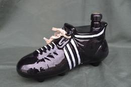 Rare Bouteille Liqueur De Collection Chaussure De Foot - Spirits