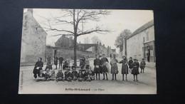 AVILLY ST LEONARD - La Place - Altri Comuni