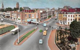 DUNKERQUE - Angle Rue Des Fusilliers Marins Et Boulevard Jeanne D'Arc (CPSM Petit Format) - Dunkerque