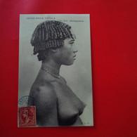 JEUNE FILLE TANALA FEMME NU - Madagascar