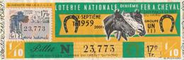 1029 - BILLET DE LOTERIE NATIONALE DIXIEME FER A CHEVAL .1959 . TIMBRE CARROUSEL 17éme TRANCHE . SCANS - Lottery Tickets
