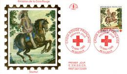 """"""" CROIX-ROUGE 1995 :  TAPISSERIE DE SAUMUR / CHEVAL """" Sur Enveloppe 1er Jour Sur Soie De 1995 N° YT 2946. Parf état FDC - Red Cross"""